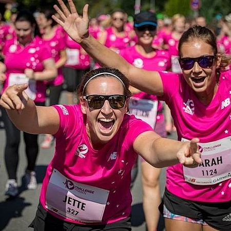 zwei-mitarbeiterinnen-der-uvex-group-als-teilnehmerinnen-auf-der-challenge-women-roth