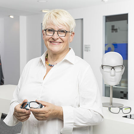 Brigitte Nachtmann-Leitl - uvex academy - Training area: Prescription safety spectacles