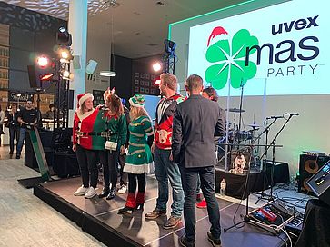 contest-der-uvex-group-christmas-party