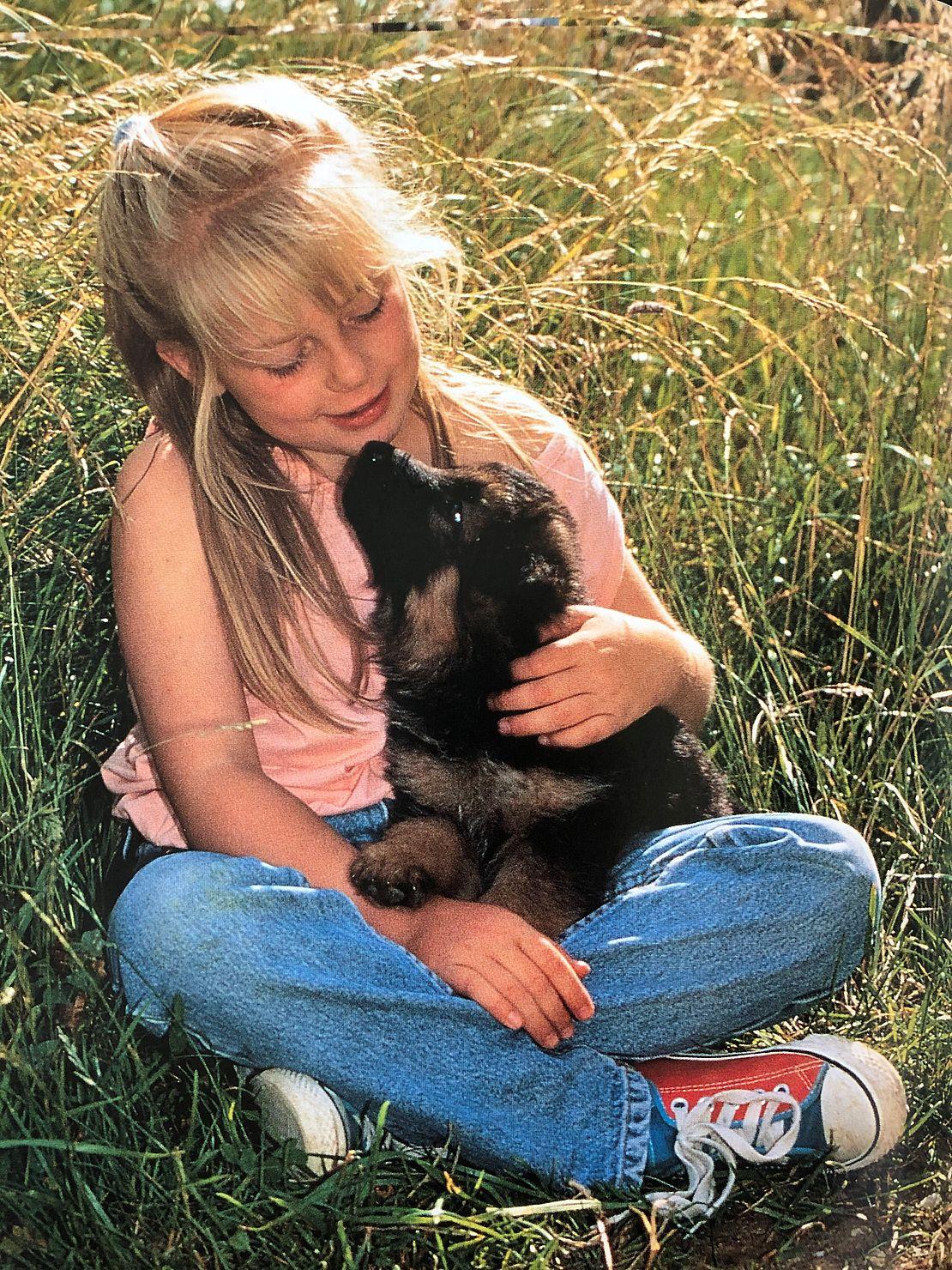 jacqueline-eakes-personalreferentin-mit-hund