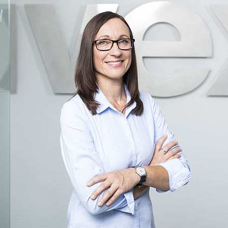 Eva Hirt - uvex academy - Administration and organisation