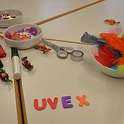 bastelutensilien-für-die-uvex-arbeitsschutzhelme