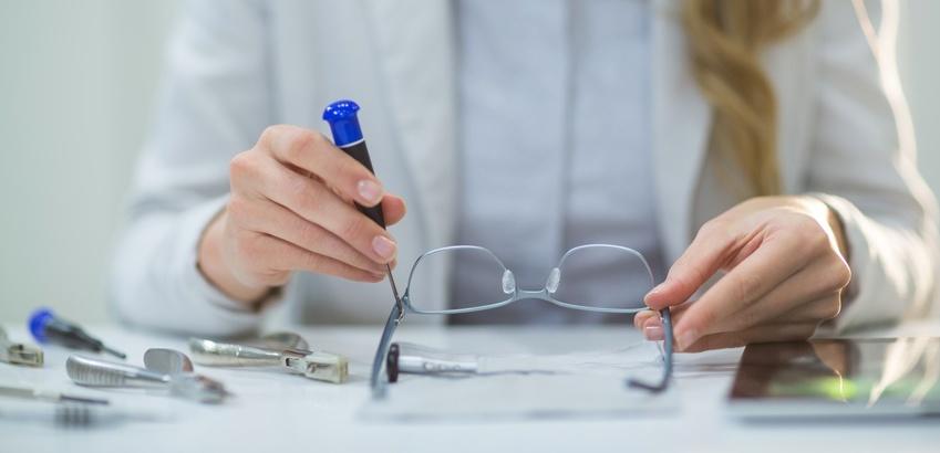 Qualitätstest, Brille