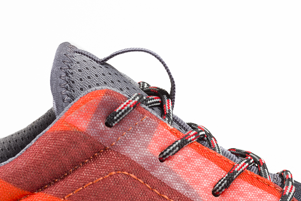 Basket de sécurité RUN-R 520 zoom sur la boucle de la languette