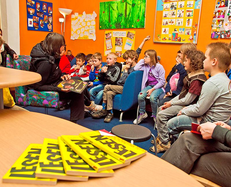 Im Kinderbuchhaus Fürth lernen Kinder das Lesen.