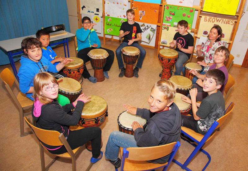 Zusammen Spaß haben und Musik machen gehört zur Förderung der Kindern dazu.