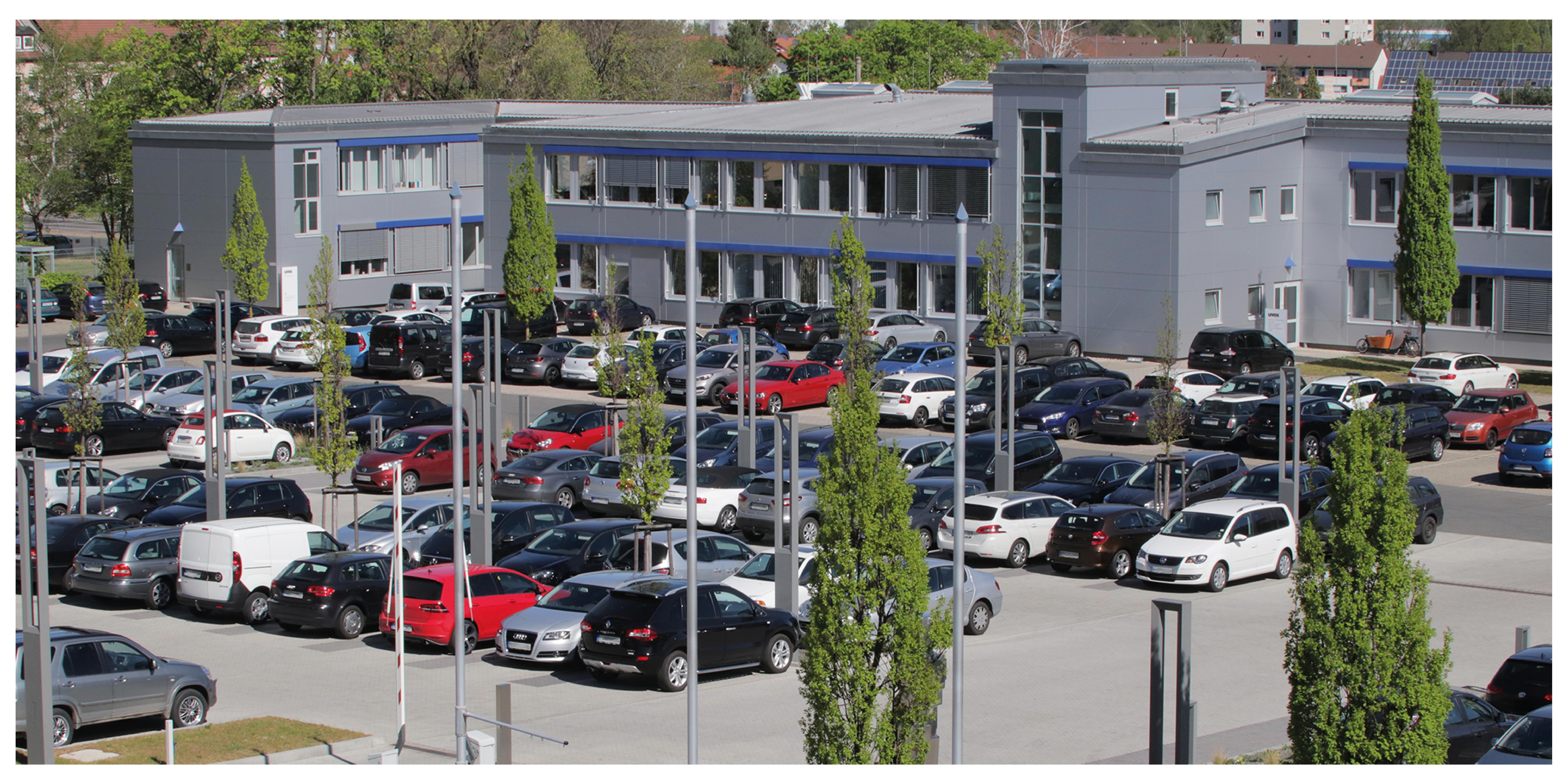 Parkplatz in Fürth beim Headquater der uvex group in der Würzburgerstraße