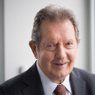 Rainer Winter ist der Gründer der Rainer Winter Stiftung.