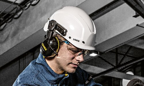 Maintaining industrial safety helmets