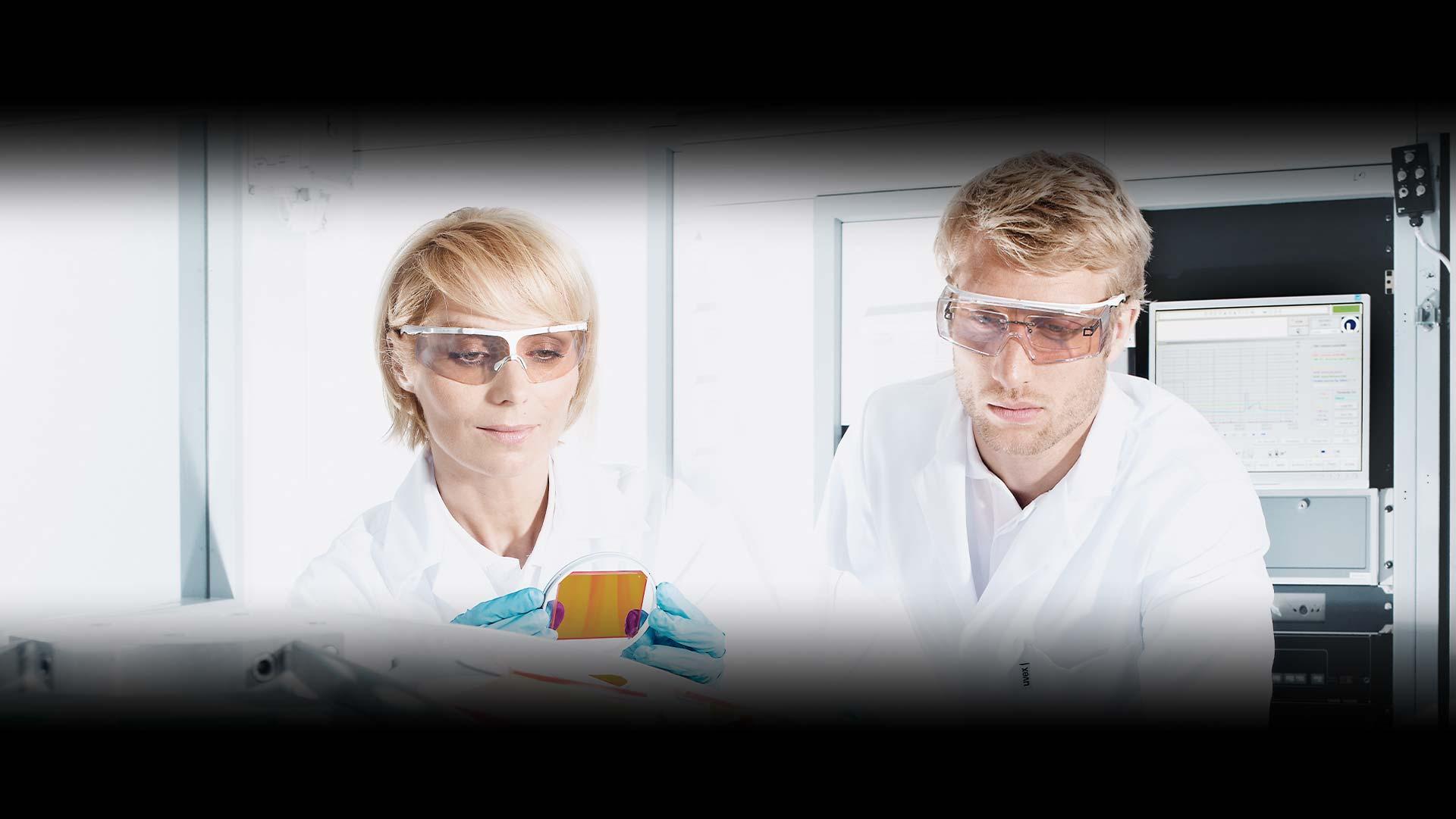 uvex CR autoclavable eyewear