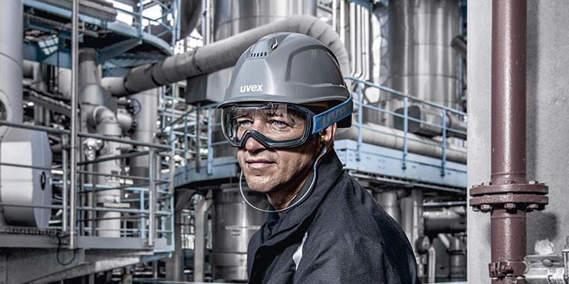 man wearing uvex megasonic goggles