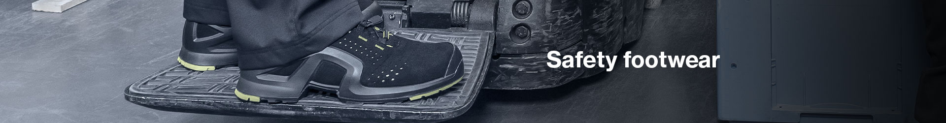 Lightweight flexible safety trainers