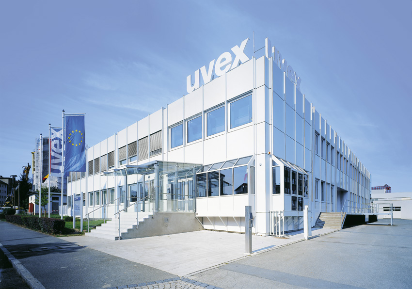 Photograph of the uvex academy building in Fürth, Germany