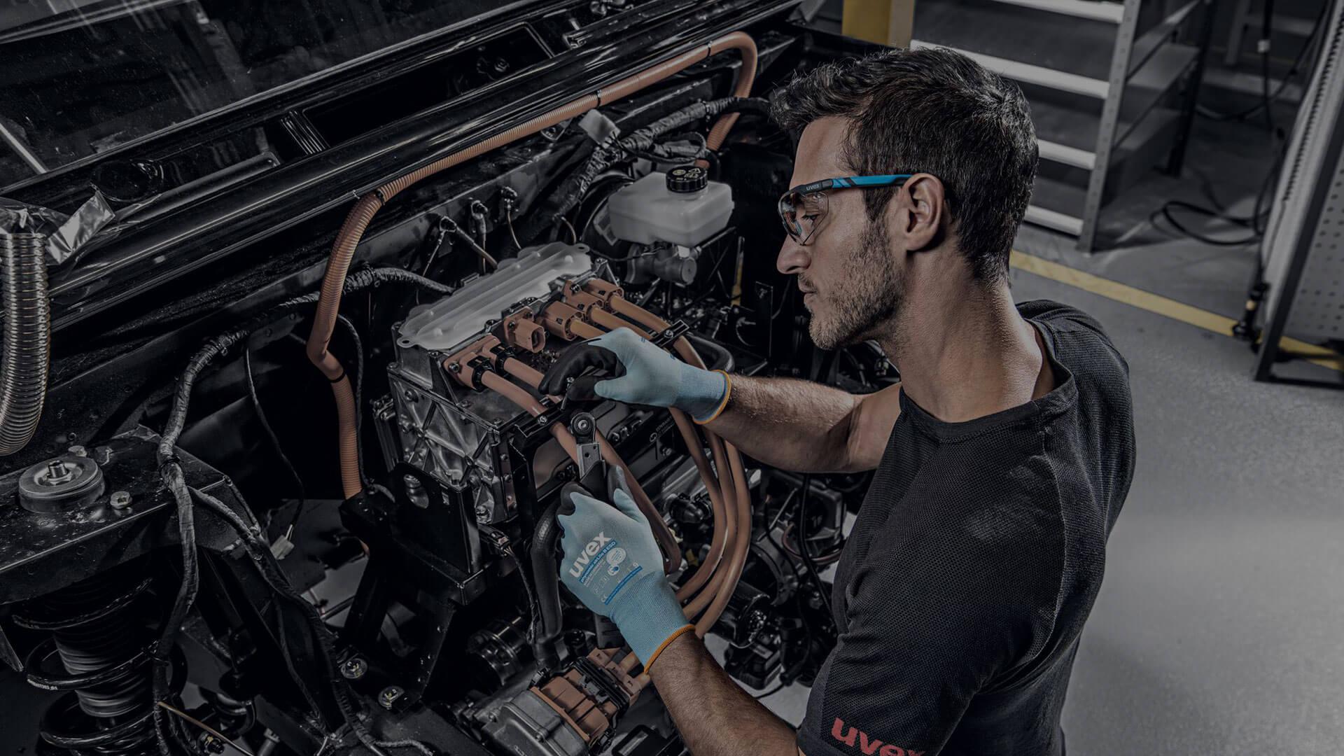 Arbeitsschutz Elektro-Autos Wartung Instandhaltung